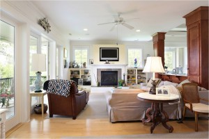 Living room at 2785 Oak Manor Drive