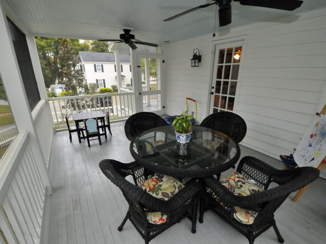 Porch at 401 Patjens Lane