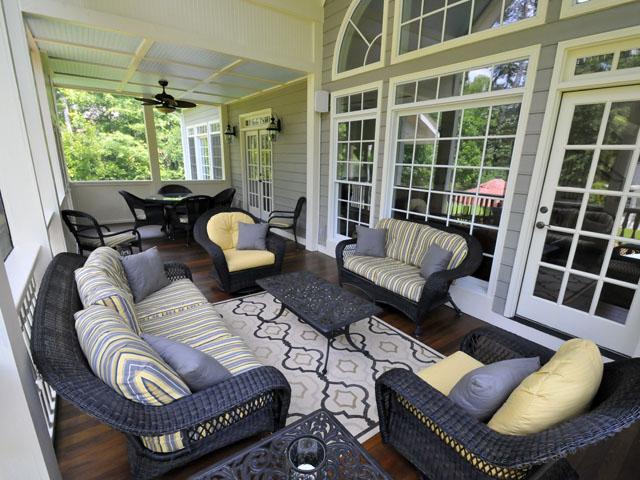 2090 Shell Ring Circle screen porch