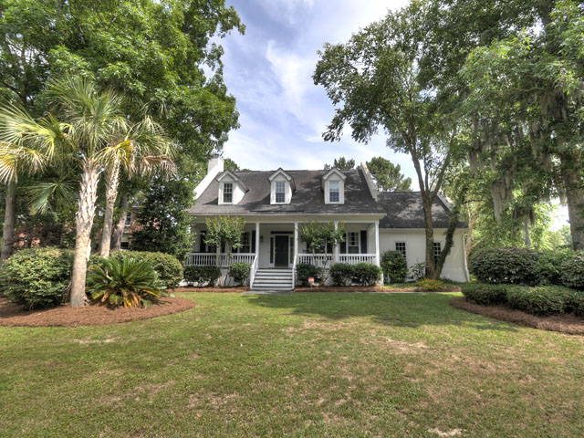 610 Hobcaw Bluff Drive, Mount Pleasant, SC 29464